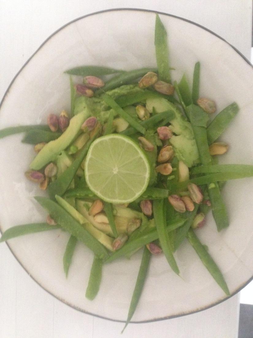 Frisk sallad med crunch och finafetter