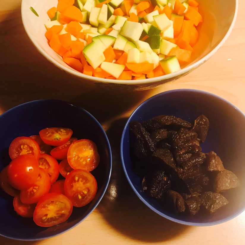 Ut med 2016 in med grönsakerna – laga en gryta med sötma ochhetta!